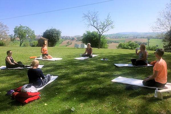Yoga in weiland