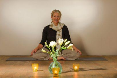 Speciale 'yogaochtend in stilte' tijdens kerstvakantie